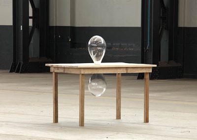 Glas, Holztisch